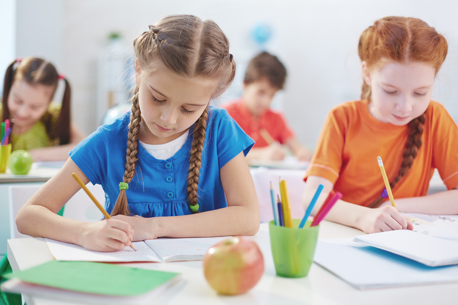 How to prepare for 1st grade? What does a preschooler need to know by the beginning of school?